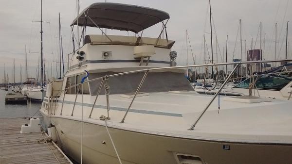 Viking Dbl Cabin Motor Yacht