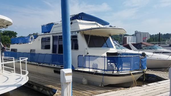 Harbor Master 47 HOUSEBOAT