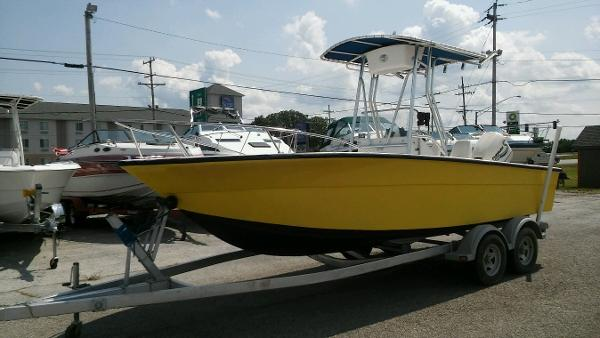 Angler Boats 21 Center Console