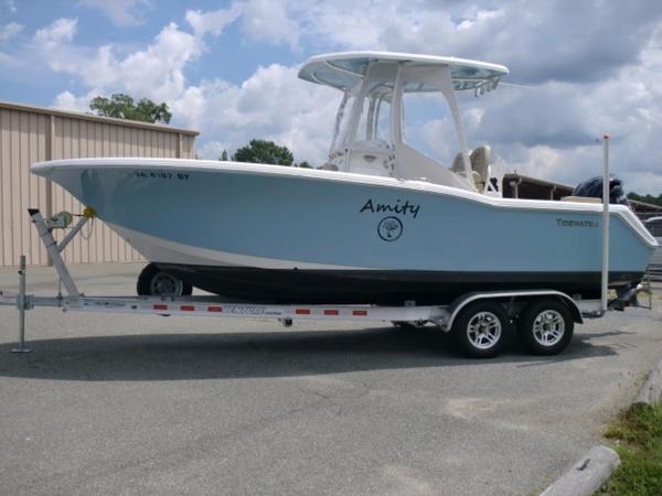 Tidewater Boats LXF 230