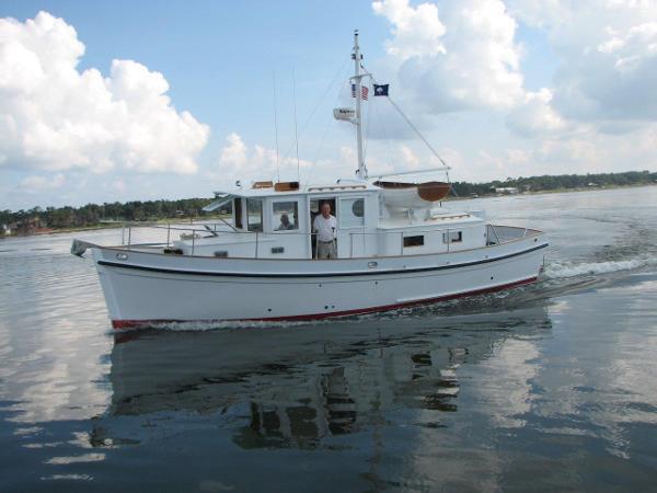 Sea Island Boatworks 34 Redwing  Tug  Profile2