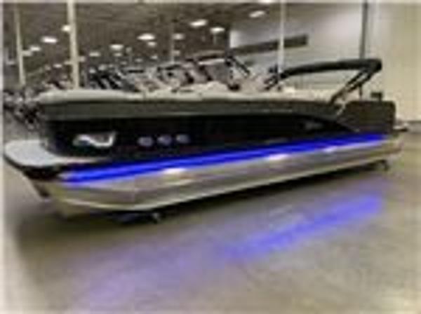 Tahoe Pontoon 2785 Cascade Platinum Rear Lounger