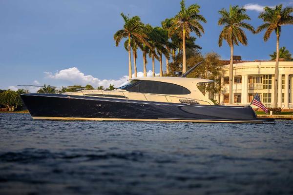 Palm Beach Motor Yachts GT60