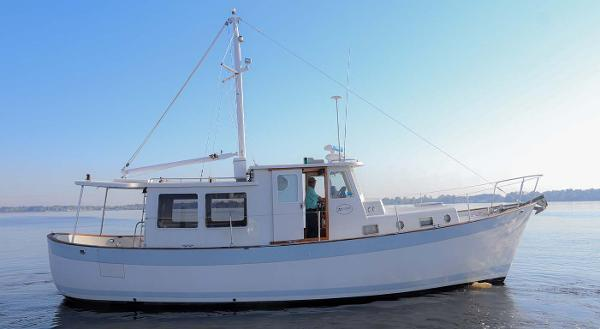 Willard Marine 40 Pilothouse Main Profile 40 Willard