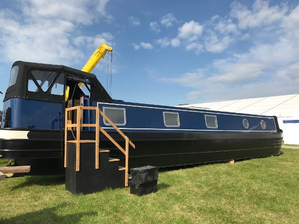 Narrowboat Tingdene - Colecraft 46