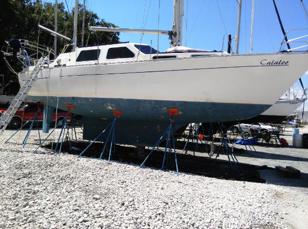 Trident Voyager 38 Ketch