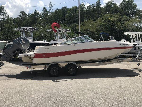 Azure AZ210 Deck Boat