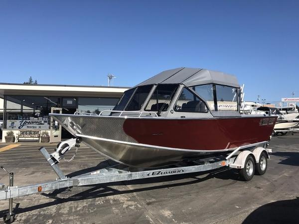 North River Seahawk Outboard 22'