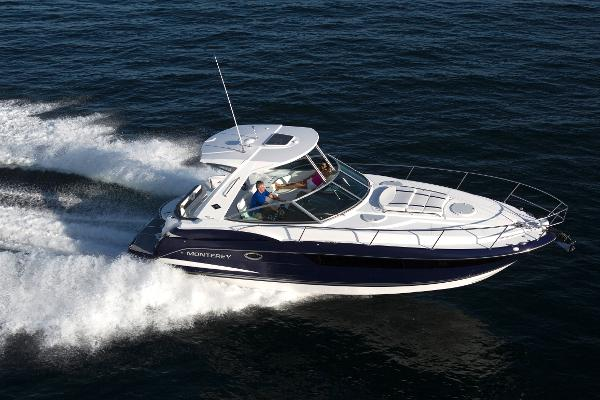 Monterey 355 Sport Yacht New Sistership