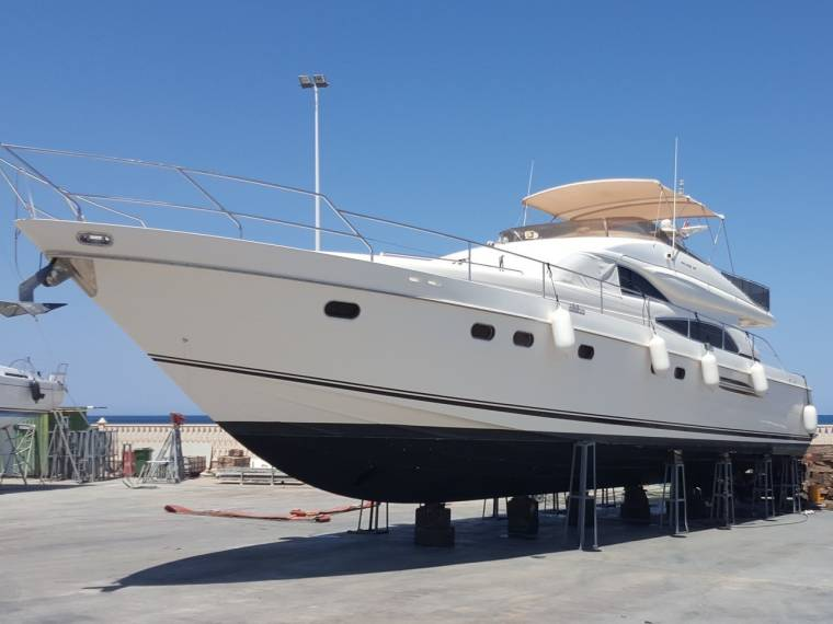 Marine Projects Princess 65 Fly