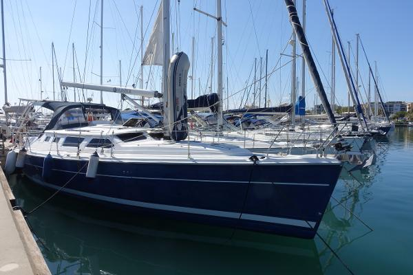 Hunter 426 Deck Saloon Hunter 426 DS