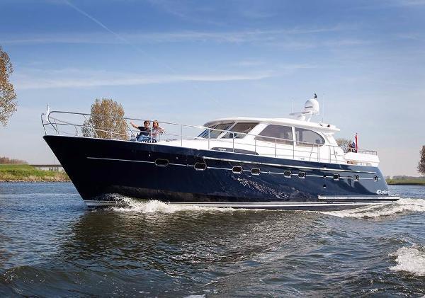 Elling Yachts E6