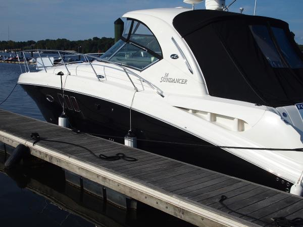 Sea Ray 38 Sundancer Sea Ray 38 Sundancer