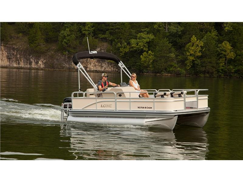 Lowe ULTRA 162 FISH AND CRUISE