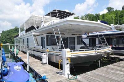 Fantasy 19' x 90' House Boat