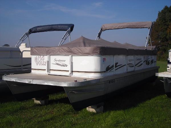 Sundancer Poontoons 240 C Pontoon