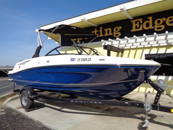Bayliner VR5 Bowrider I/O