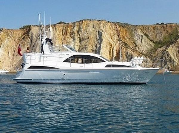 Broom 395 Broom 395 -Tingdene Boat Sales - Petra