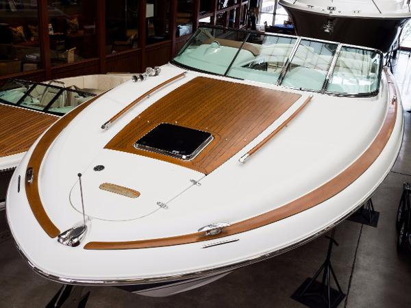 Chris-Craft 36 Corsair Heritage Edition Bow