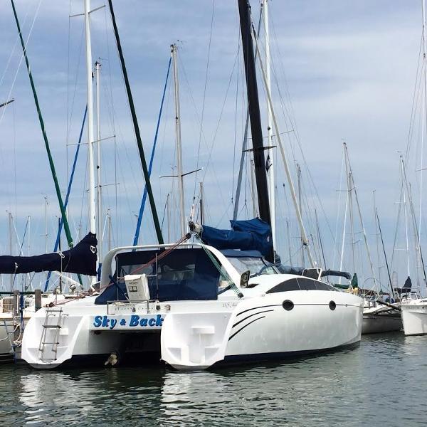 KIT KAT Sport Cruiser Custom Catamaran