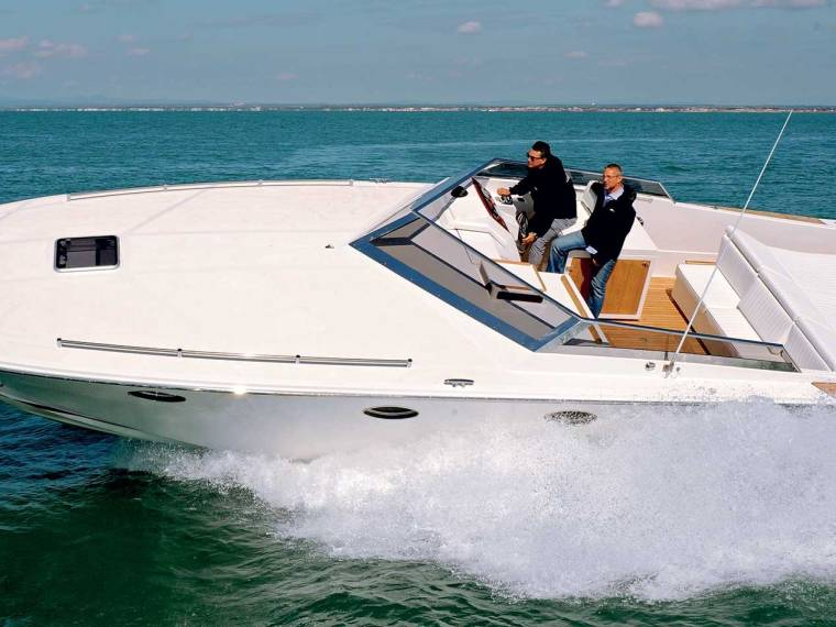 Tornado Boats Tornado 38