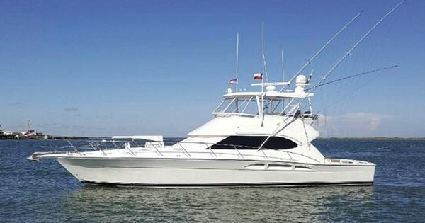 Riviera 47 Convertible