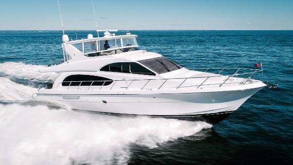 Hatteras 64 Motor Yacht Stbd Profile Running