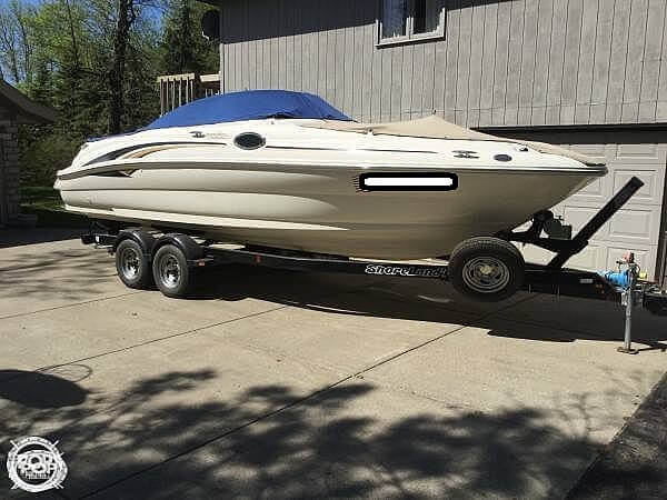Sea Ray 240 Sundeck 2001 Sea Ray 240 Sundeck for sale in Ottertail, MN
