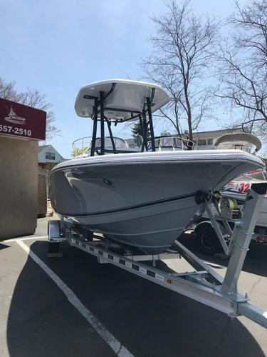 Tidewater BOATS 210 CC ADVENTURE