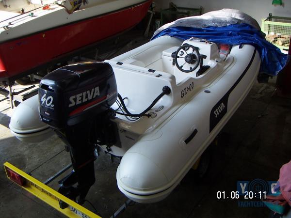 Selva GT 400 Selva GT400 a Marina 4-2