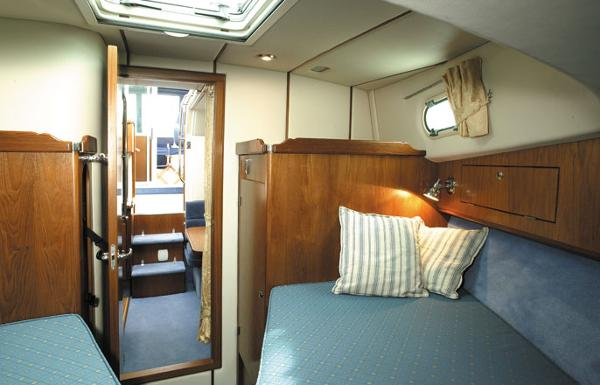 Manufacturer Provided Image: Hardy Commander 32 Cabin