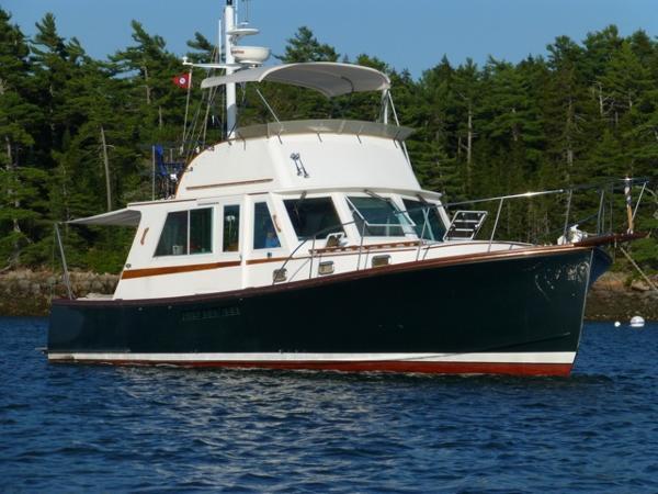 Duffy Duffy 38 At Anchor