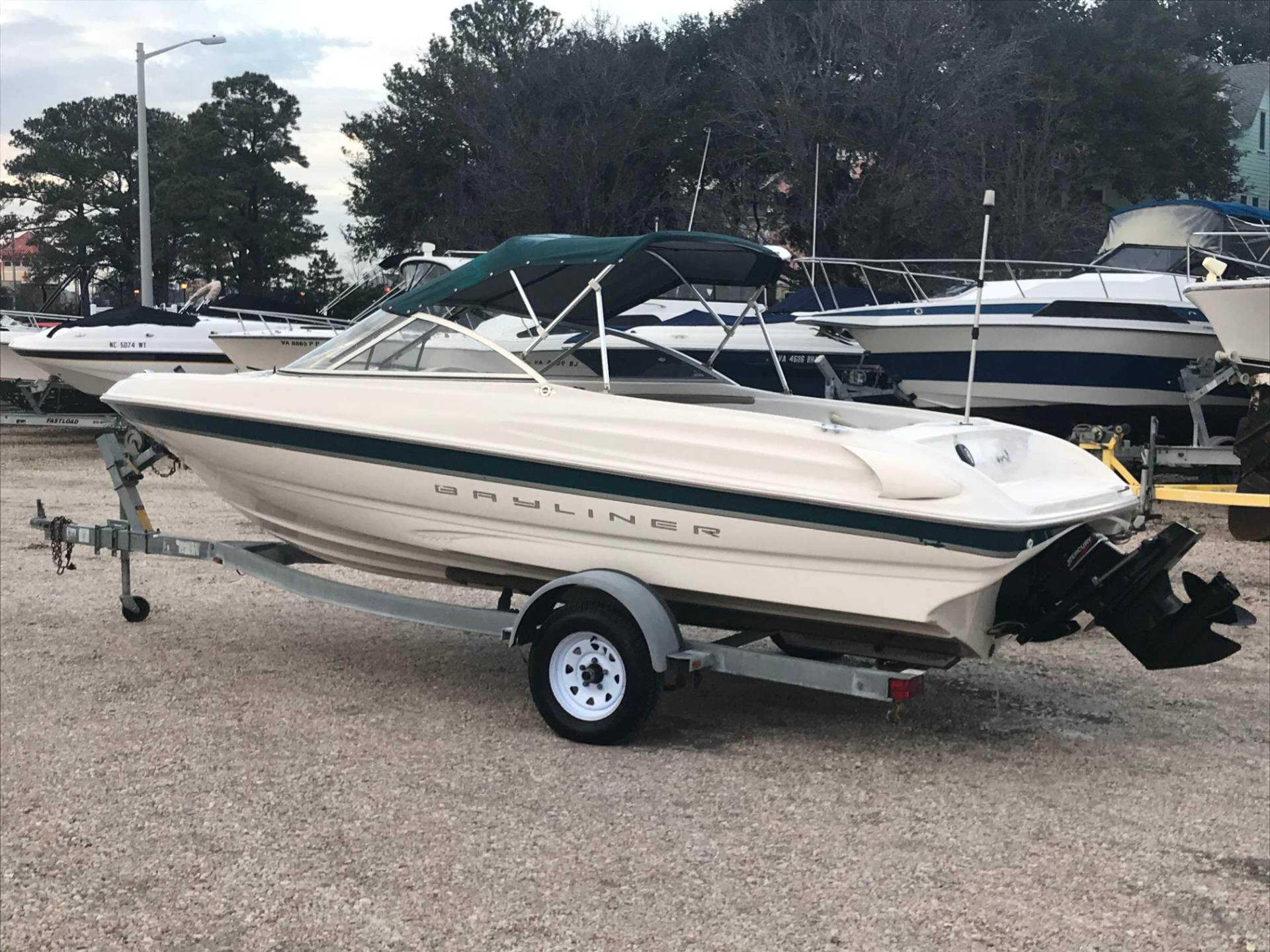 Bayliner 1750 Capri DX