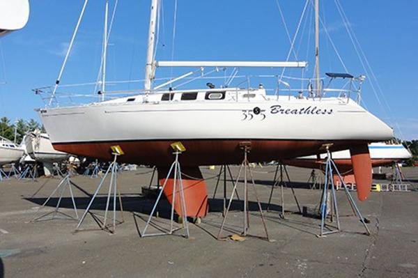 Beneteau. First 35 Profile