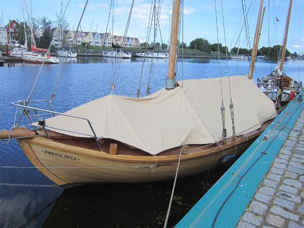 Custom Jahrling/Freest Zeesenboot B2