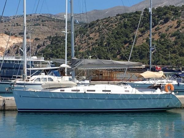 Beneteau Cyclades 39 CYCLADES 39.3 - AYC International Yacht Brokers