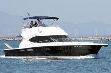 Riviera 45 Flybridge Riviera 45 Flybridge