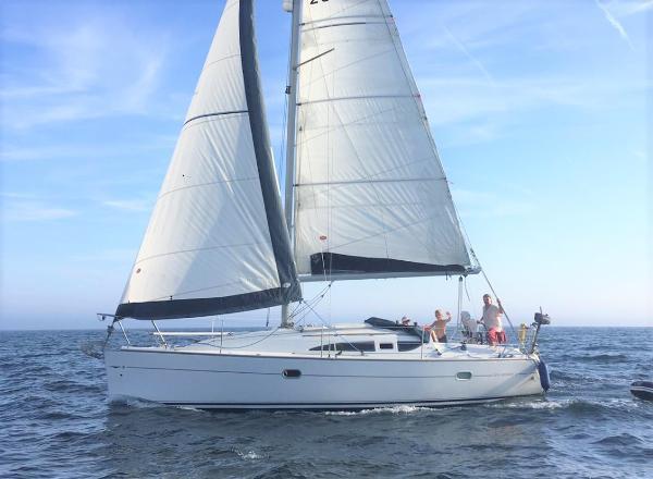 Jeanneau Sun Odyssey 32 Lift Keel Jeanneau Sun Odyssey 32