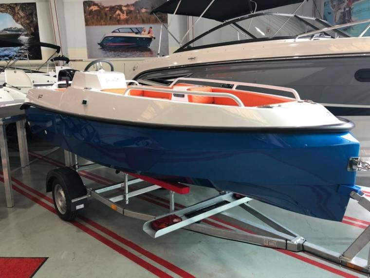 Jans 400 mit 30 PS Mercury Motorboot