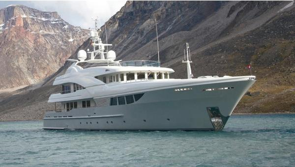 Feadship STYLE 145