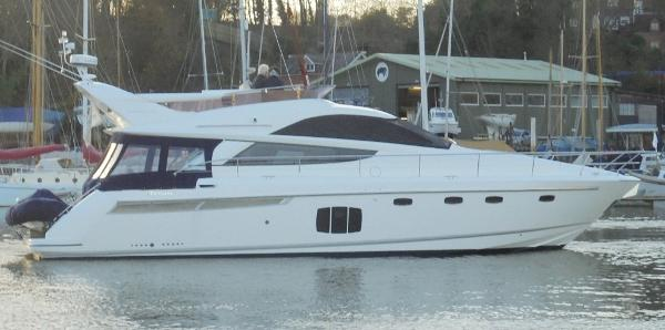 Fairline Phantom 48 Fairline Phantom 48 - Overall