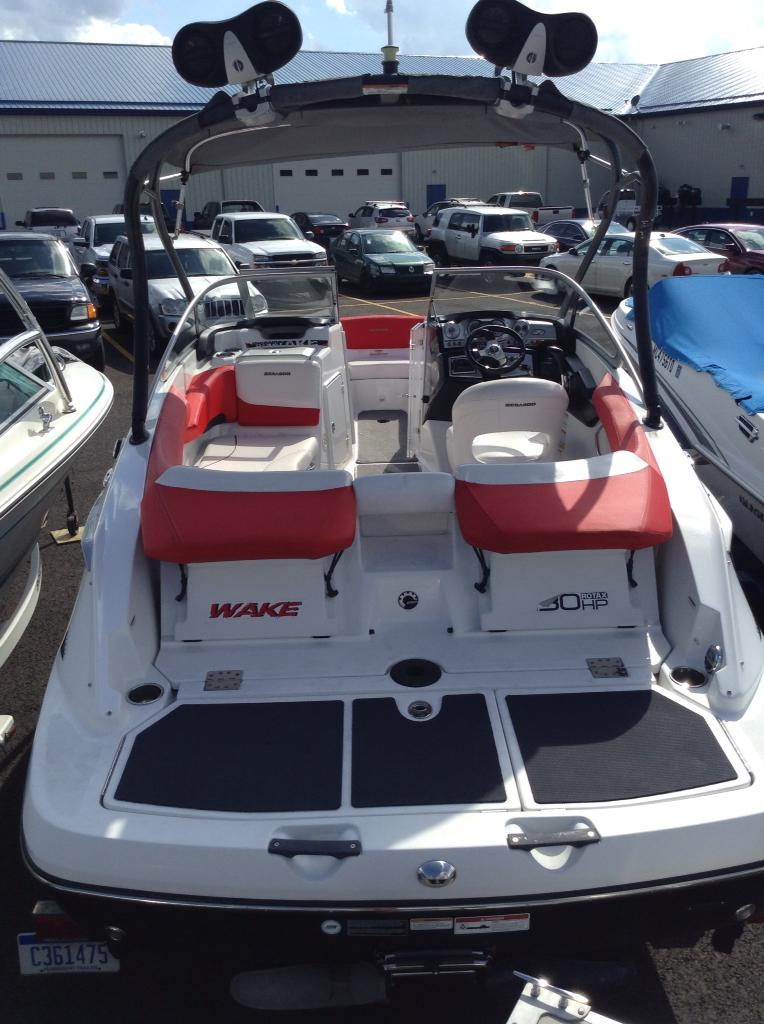 Sea-Doo Sport Boats 210 Wake