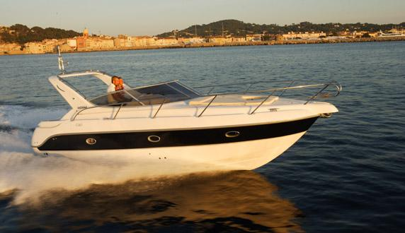 Sessa Marine C30 Manufacturer Provided Image: At Sea