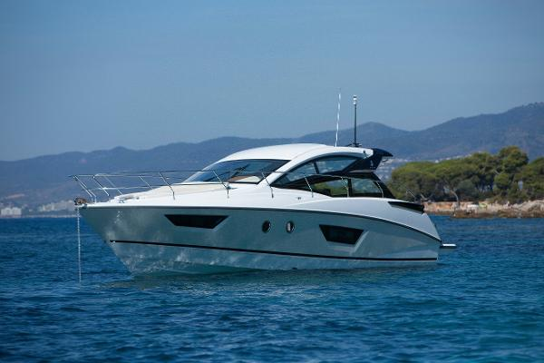 Beneteau Gran Turismo 40 Manufacturer Provided Image