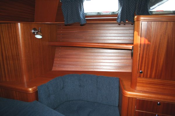 Aft Cabin Sofa to Port