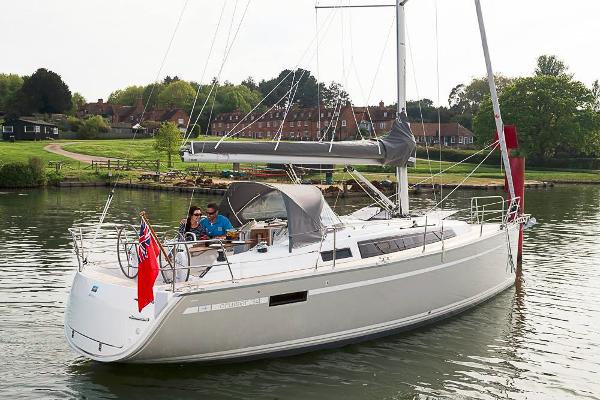 Bavaria Cruiser 34 NEW BAVARIA CRUISER 34 with possibility of berth in south of France