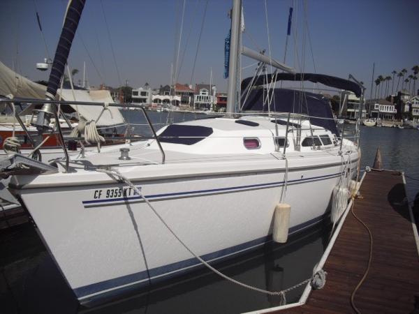 Catalina 350 MkII Catalina 350 2006 port view