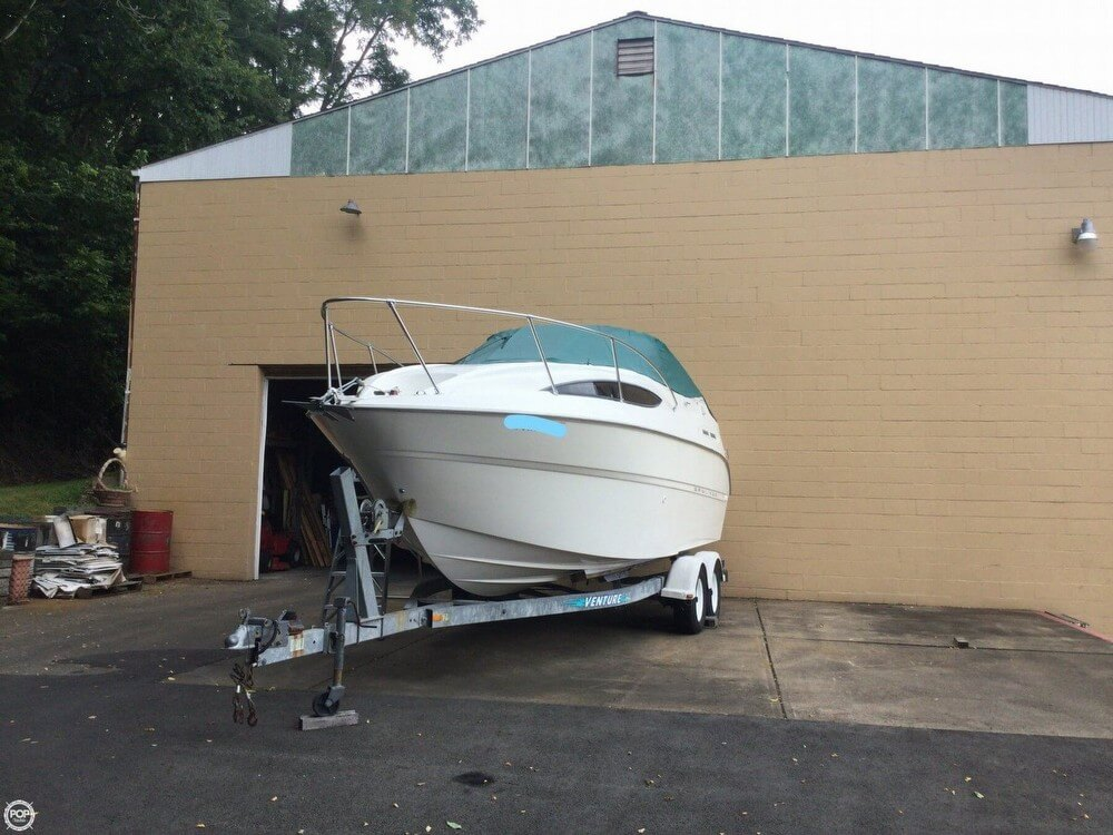 Bayliner 2455 2000 Bayliner 2455 for sale in Belle Vernon, PA