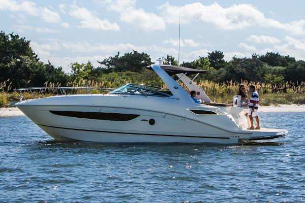 Sea Ray 350 Sundancer Manufacturer Provided Image