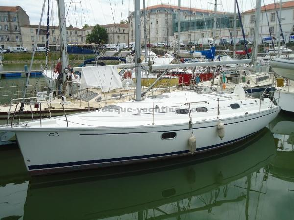 Dufour Gib'Sea 33